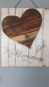 Herz aus Altholz mit Aufdruck