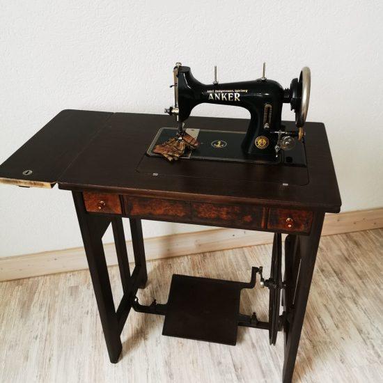 Möbelrestauration Nähmaschine_Restauration