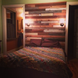 1039 Wood Wall