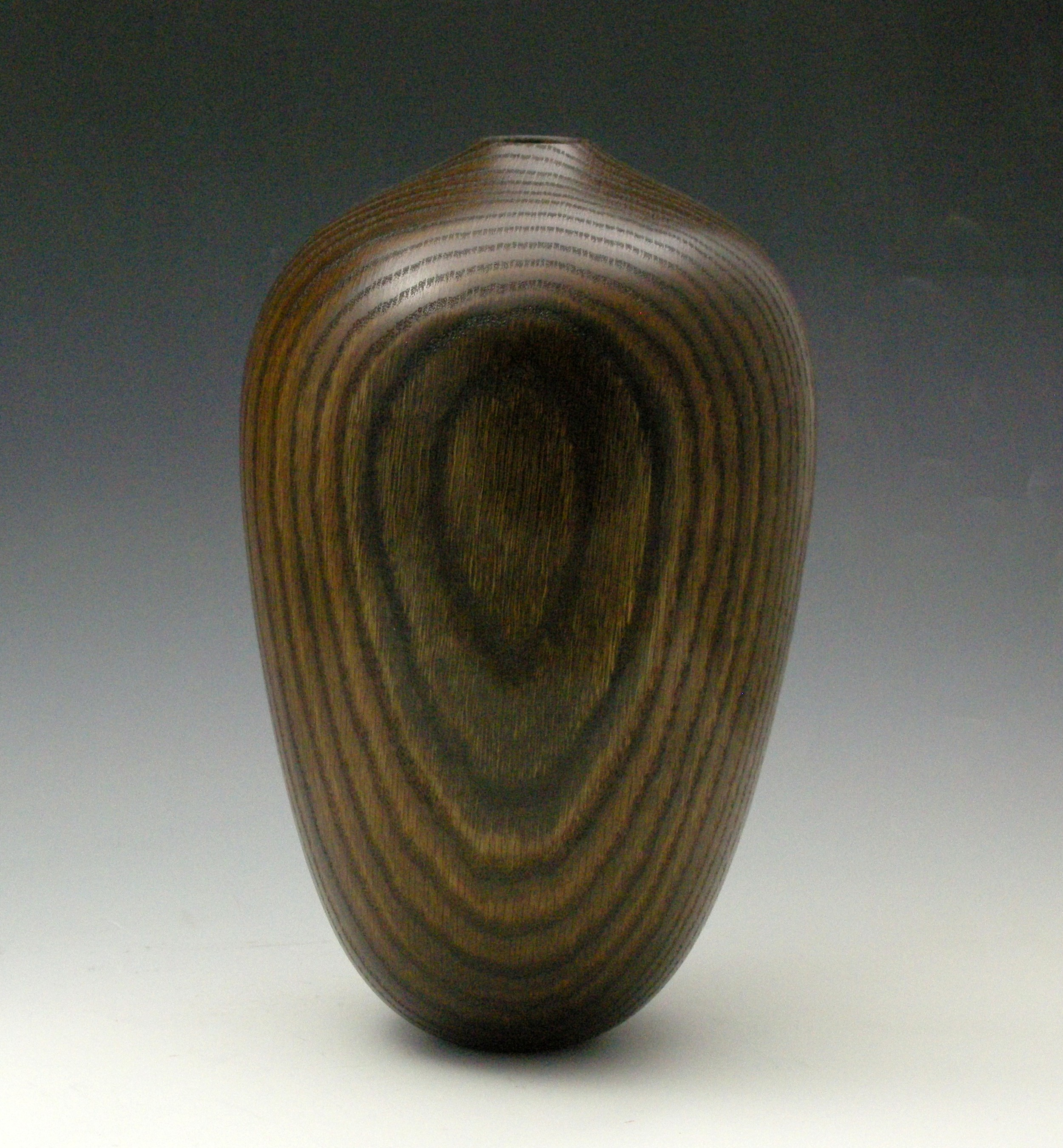 Dark Oak Vessel