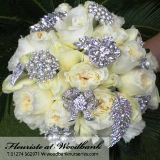 Fleuriste-wedding-flowers-bingley-florist-9