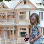 Victorian Dollhouse woodworking plan