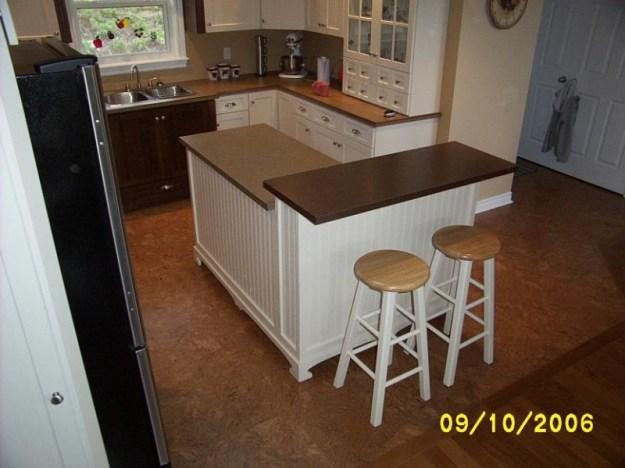 Kitchen island installed.