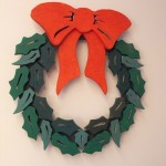 Christmas wreaths,door decorations,3D,layered,scrap wood projects,downloadable PDF,tole painting wood crafts,scrollsawing patterns,4-H Club,4H projects,scouts,girl guides,agricultural mechanics,Accents In Pine,woodworking plans,woodworkers projects,workshop blueprints