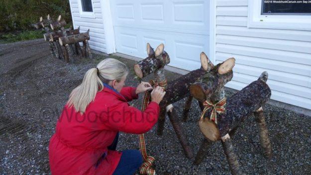 log reindeer, local crafts