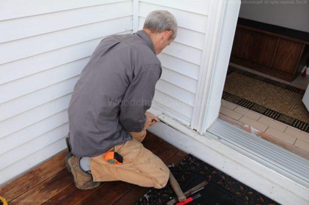 leaking,front door