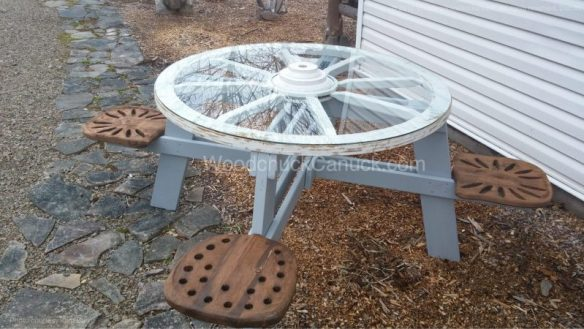 CountryRoundup Wagon Wheel Picnic Table,woodworking plans