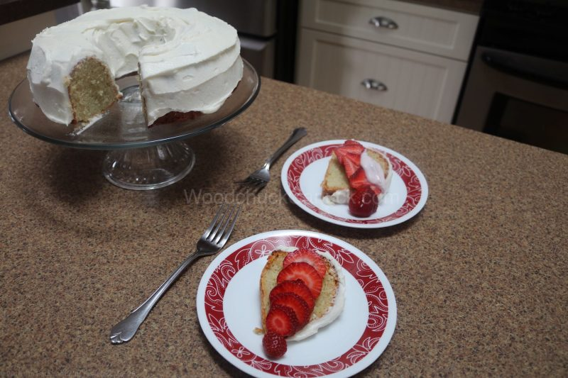 birthday cake,yogurt cake