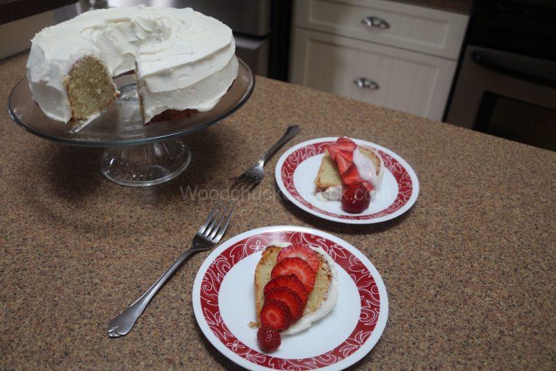 birthday cake,yogurt cake