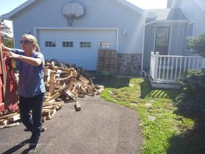 20190920-firewood-delivery-gina