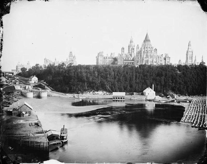 1800s Ottawa River timber trade.