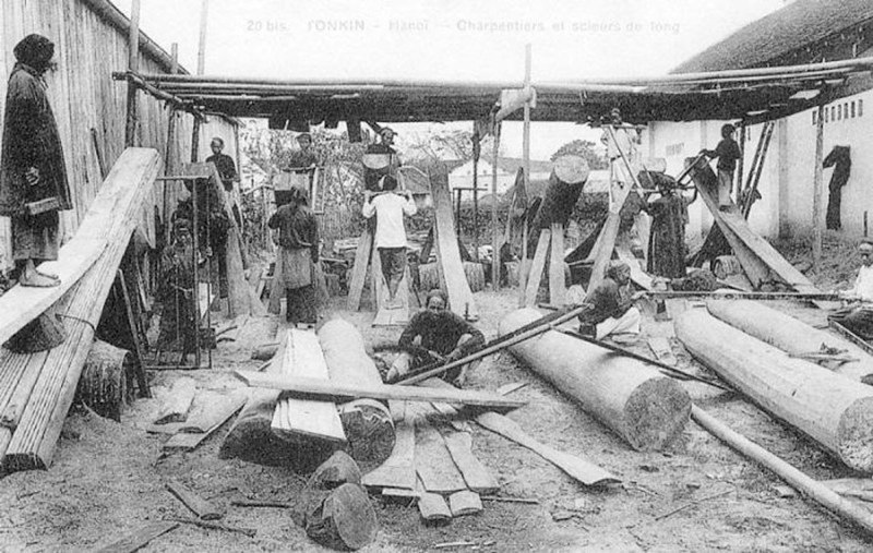 A factory setting of sawyers in Vietnam.