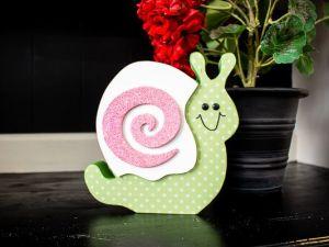 Spring Fiver Snail