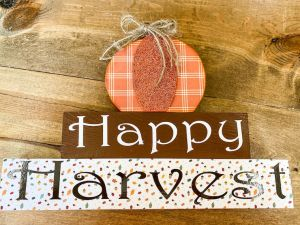 Happy Harvest Pumpkin on Blocks