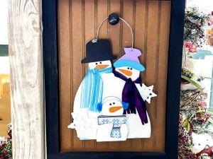 Winter Snowman Family hanging 2021