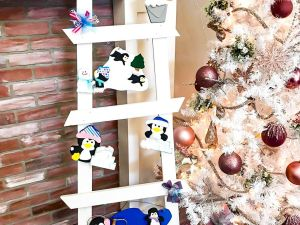 Winter Penguin Ladder Kit 2021