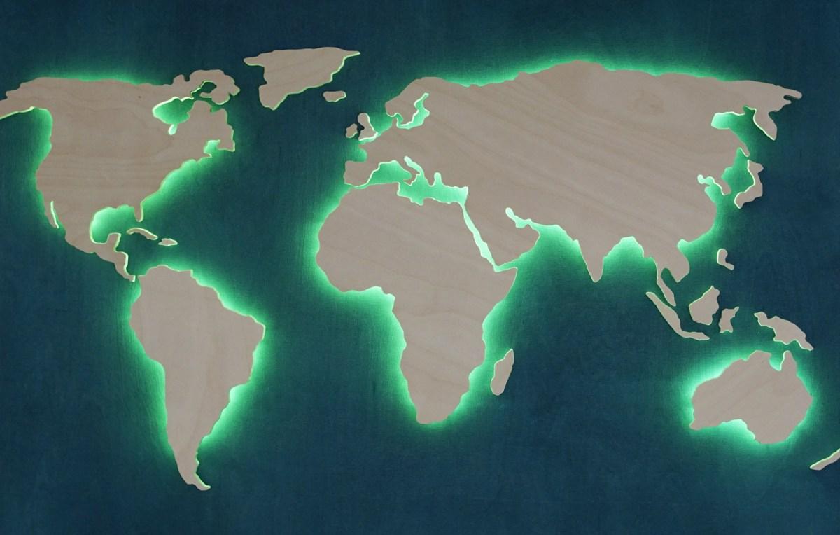 Светеща карта на света