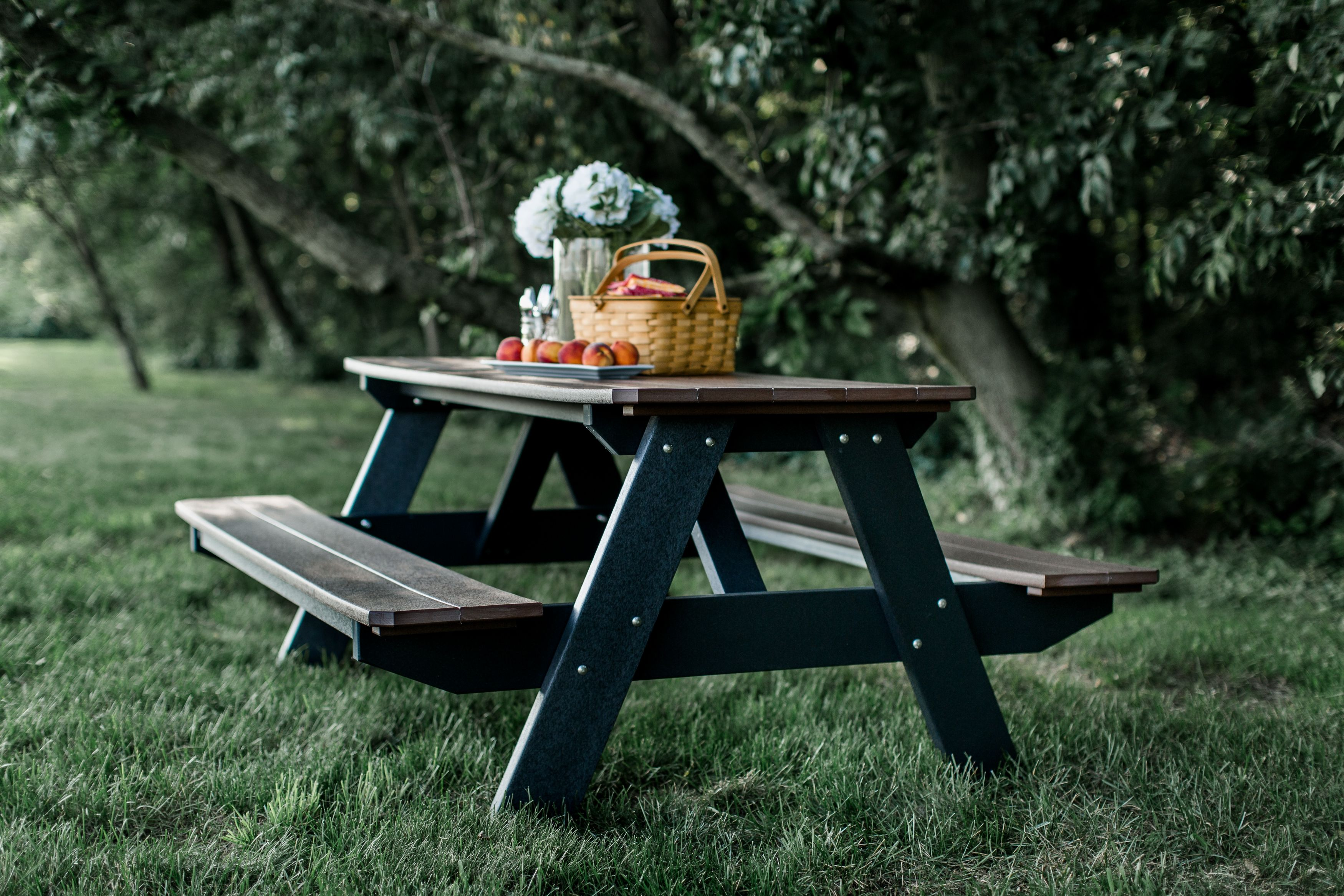 Peachy Wildridge Poly Vinyl Furniture Heritage Picnic Table Attached Bench Lcc 165 Ibusinesslaw Wood Chair Design Ideas Ibusinesslaworg