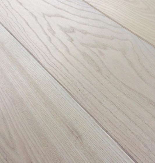 White Ash Engineered Flooring - White Stain & Low-Lustre UV Oil Top-Coat