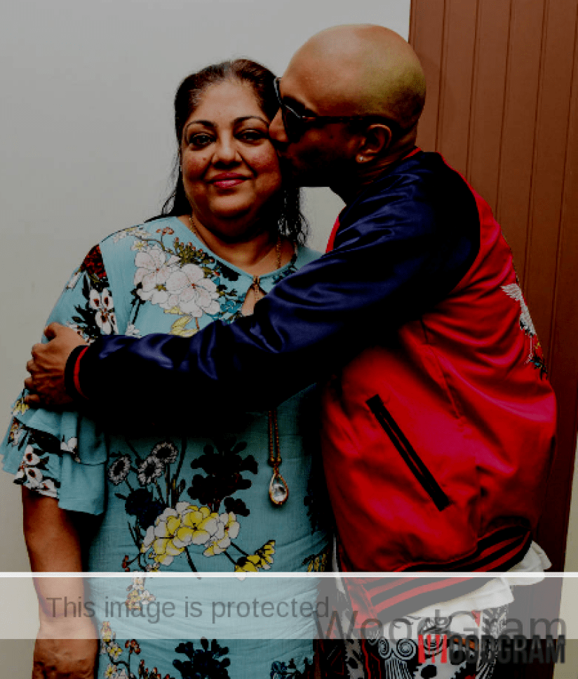Akash Dadlani With His Mother