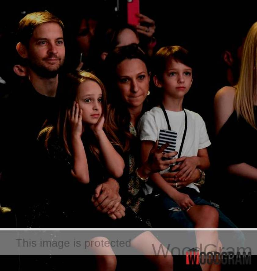 Tobey Maguire With His Wife And Children
