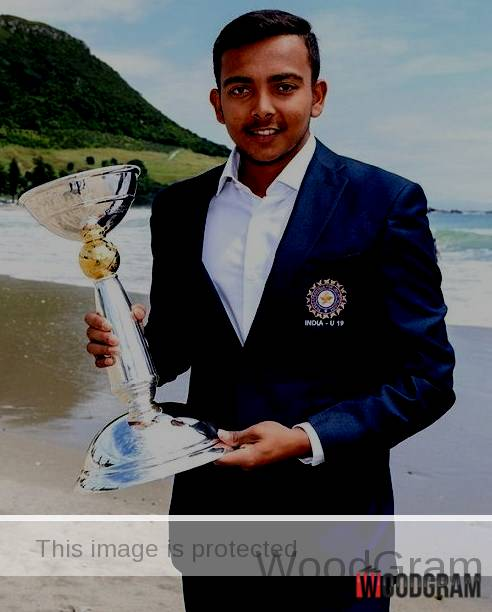 Prithvi Shaw With U19 Trophy