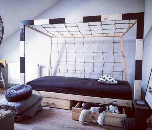 Fußballtor Bett