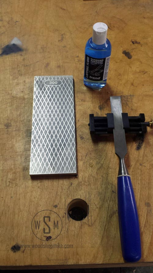 Chisel Ready to Sharpen on Trend Whetstone