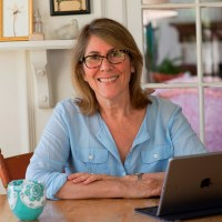 Elizabeth-Lesser-Woodstock-Bookfest-2020