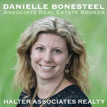 Danielle-Bonesteel-sponsor-woodstock-bookfest