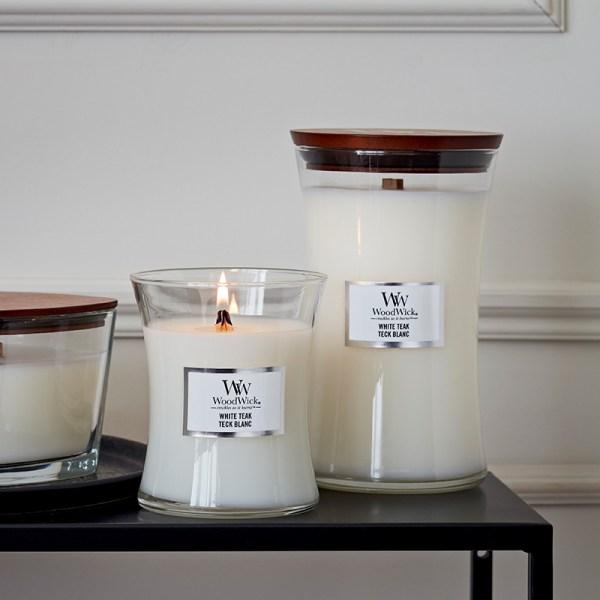 WoodWick White Teak Medium Hourglass display