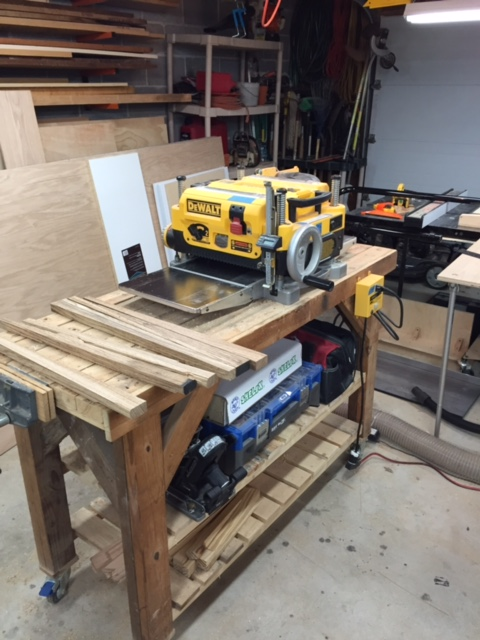 This is my DeWalt 735 planer.