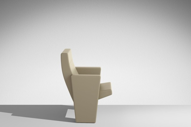 LAMM C900 Conference Chair | Woodwood Group