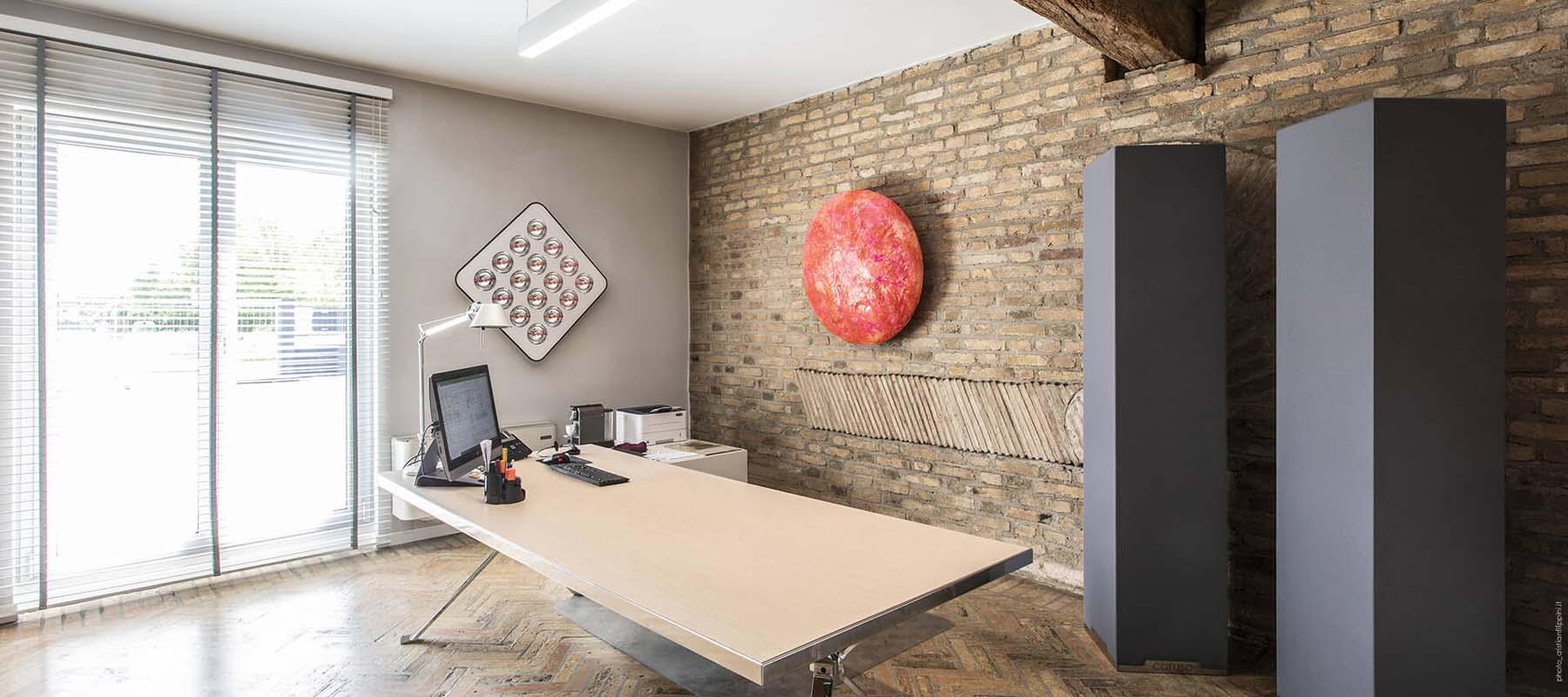 Caruso Menhir Acoustic Totem | Woodwood Group