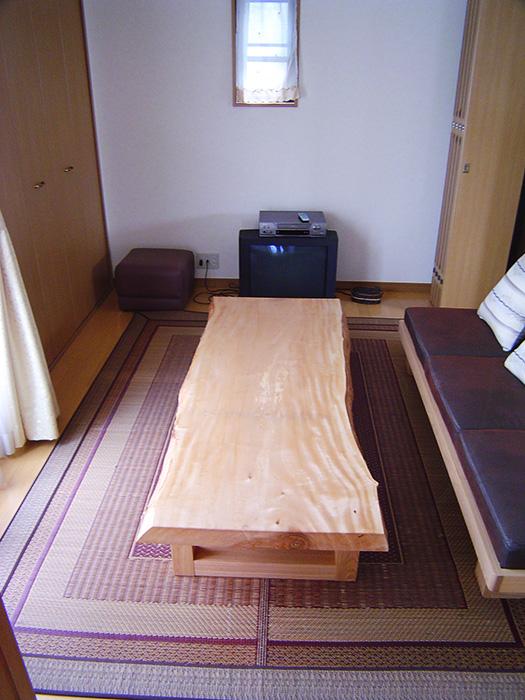 トチ 一枚板天板 ローテーブル