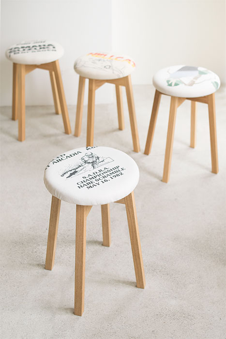 木製スツール OLD CLOTHES STOOL!