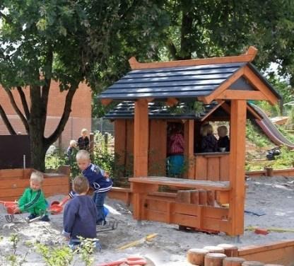 J02-040 Sandlådebord från Woodwork AB
