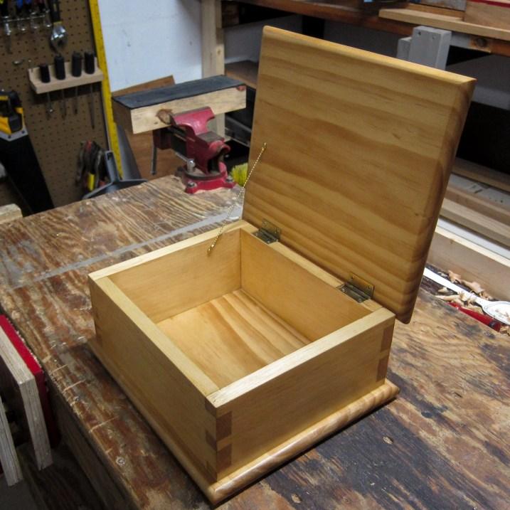 Dovetail Box by John Moore
