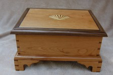Dovetail Box by Steve Scartozzi