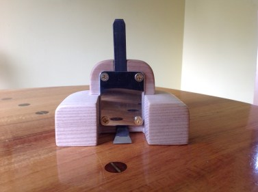 not-so-poorman's router plane by Richard Groomer