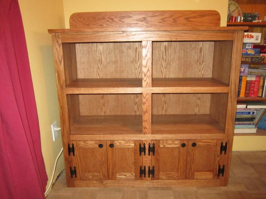 Bookshelf Cupboard by del boesem
