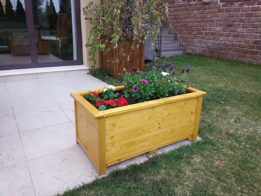 Planter Box by Tolga