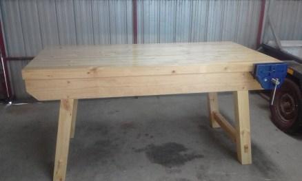 Tweeked version of Paul Sellers workbench made from radiata Pine