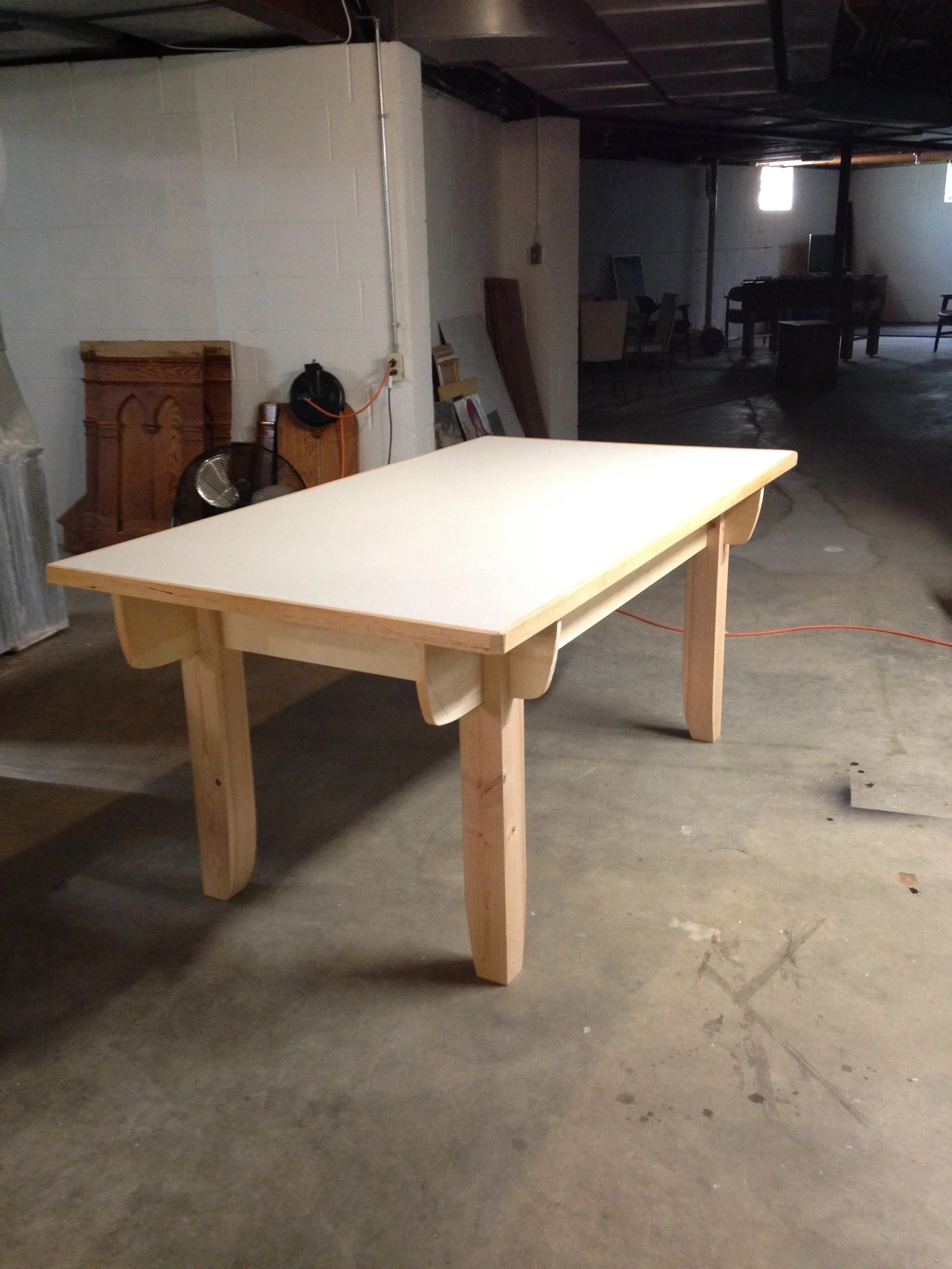 Assembly table with top installed.