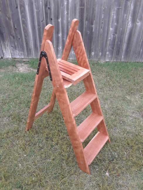 Stepladder by dovetails