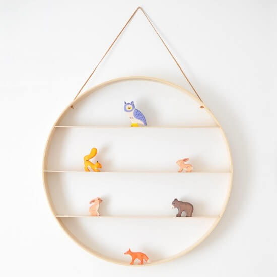 Erin's Wooden Circle Shelf Tutorial