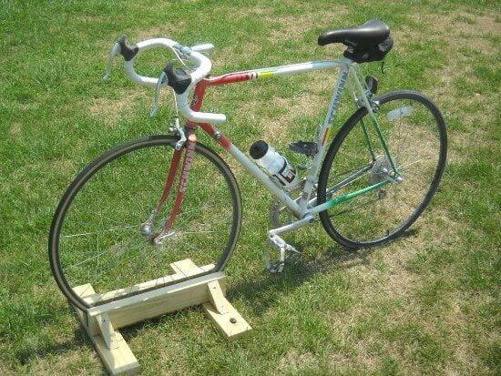 DIY Wooden Bike Stand Tutorial