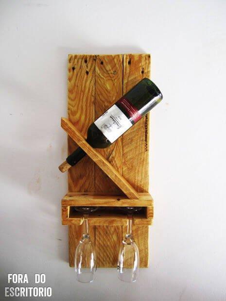 One-Bottle Pallet Wine Rack from DIY Tutorial