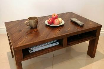 Completed pallet coffee table