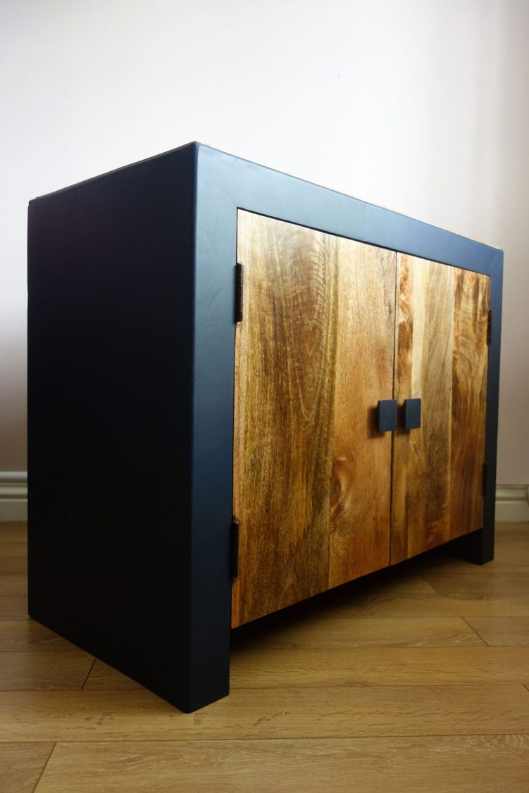 Sideboard - Front abgle